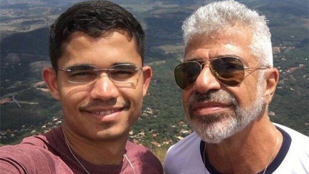 Fã diz que 'ficaria' com Lulu Santos, e noivo rebate na web: 'ele está muito bem resolvido'