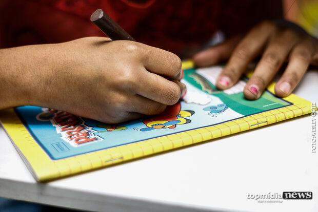 Pedófilo assumido diz ser 'obcecado' por crianças e ganha liberdade