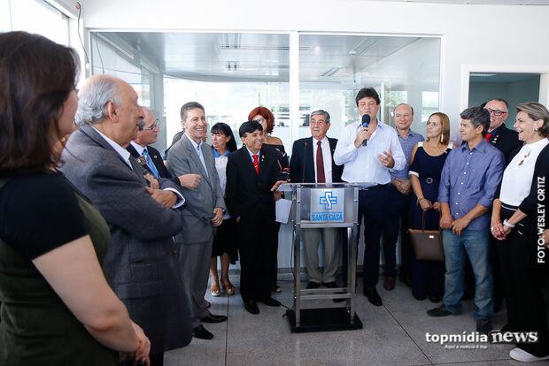 Hospital do Trauma recebe tomógrafo de R$ 1,3 milhão e 1ª visita de Mandetta como ministro