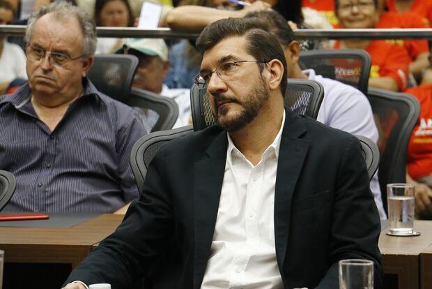 Ministro de Bolsonaro chama brasileiro de ladrão e recebe moção de repúdio de deputados em MS