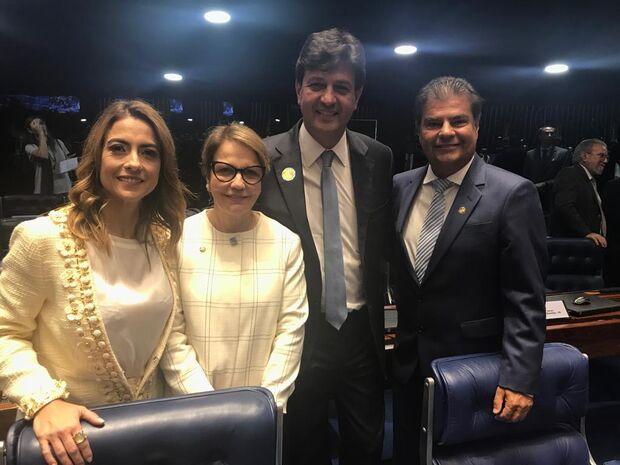 Ministros Tereza Cristina e Mandetta prestigiam posse de Nelsinho no Senado