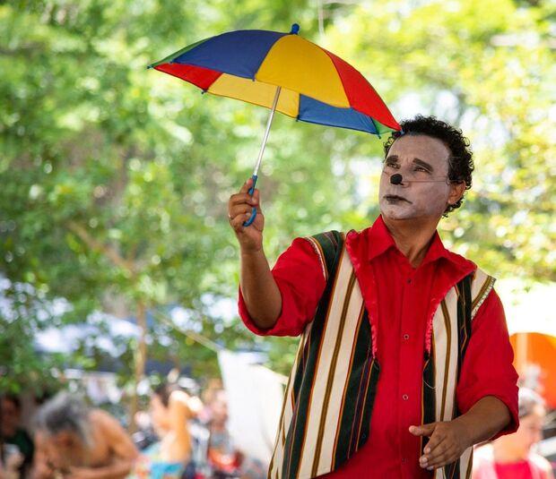 Trem de Doido com Palhaço Gabinete será apresentado no Circo do Mato neste final de semana