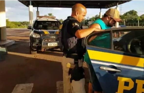 Vítima de sequestro pula de carro em movimento enquanto era levada ao Paraguai