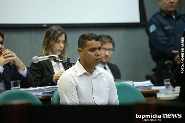 'É uma injustiça', diz acusado de envenenar agentes durante julgamento