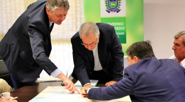 Investimento em logística vai dar competitividade aos produtos de MS, garante Reinaldo