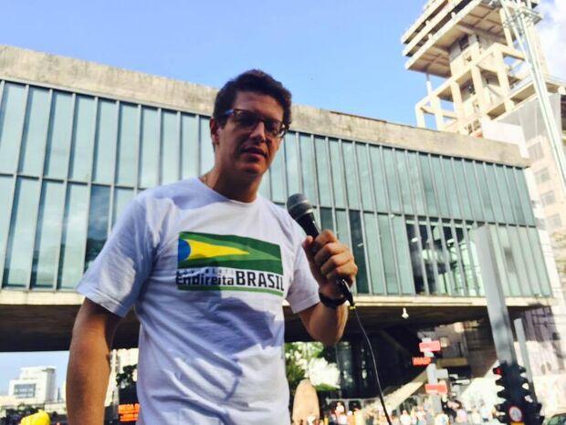 Empresários de construtora ligada a Ricardo Salles não tiveram sigilo quebrado, esclarece defesa