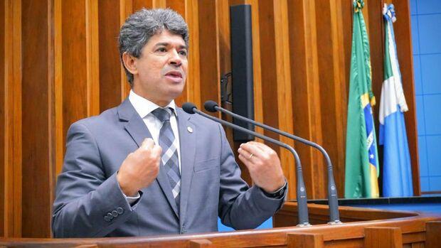 Professor Rinaldo Presta contas à população de sua atuação parlamentar