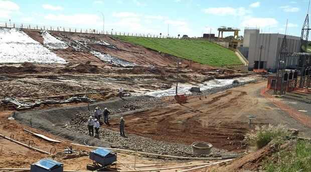 Agepan e Aneel fiscalizam barragens de usinas de energia em MS