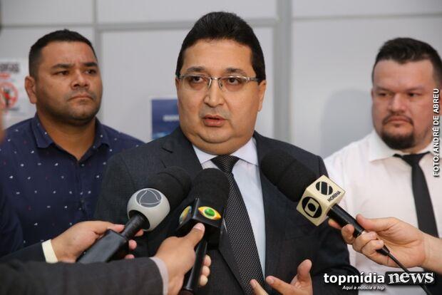 Polícia Militar não deveria invadir base do município, defende secretário Azambuja