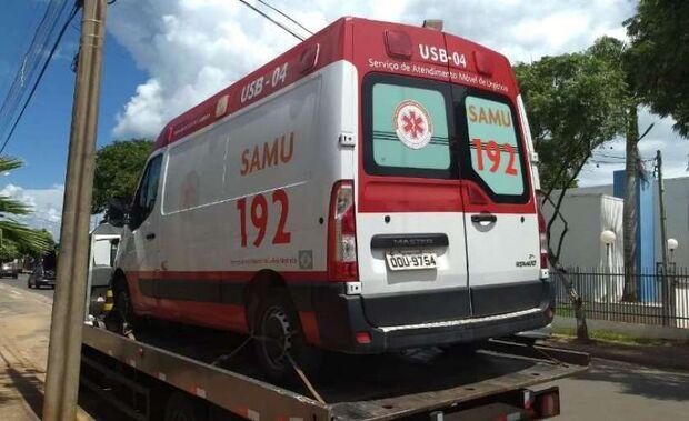 Servidor pega ambulância 'emprestada' na madrugada e polícia vai investigar uso indevido