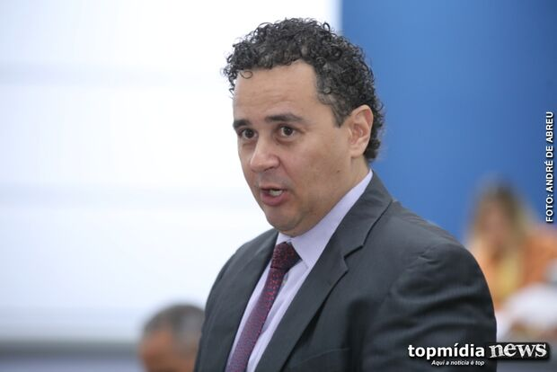 PMs deveriam 'levantar a mão pro céu' pelos serviços da Polícia Municipal, dispara vereador delegado
