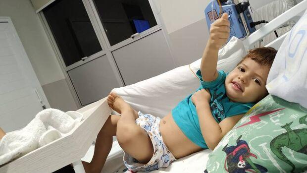 Com doença rara, pais pedem ajuda para custear transplante e salvar vida de Yuri