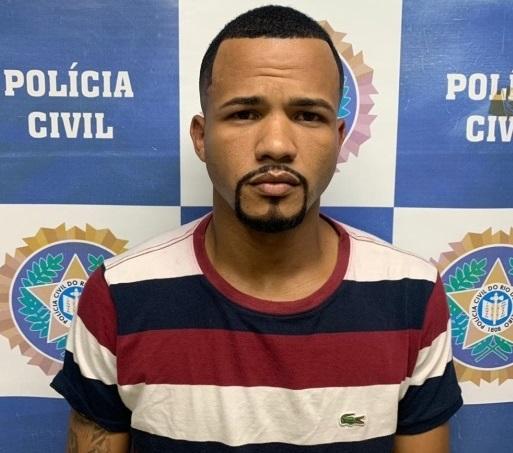 Foragido que fingia ser pastor é preso durante abordagem policial