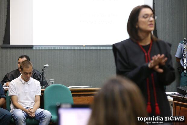 Defesa do acusado de matar Mayara culpa vítima e diz que Luís tem problemas mentais