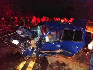Acidente entre dois carros deixa um morto e oito feridos em rodovia do MS