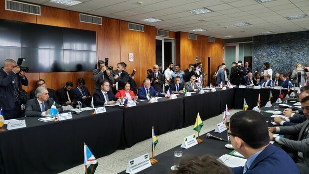 MS vai receber recursos do pré-sal, diz Paulo Guedes em reunião com governadores