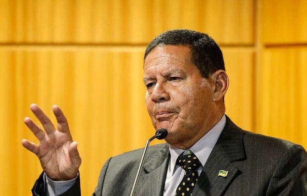 Mourão lamenta massacre em Suzano e culpa videogames