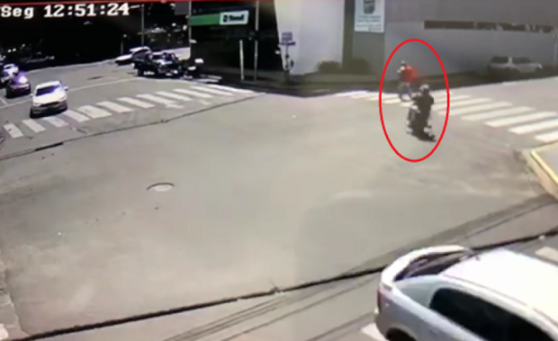 VÍDEO: câmeras de segurança registram assalto em área central de cidade do MS