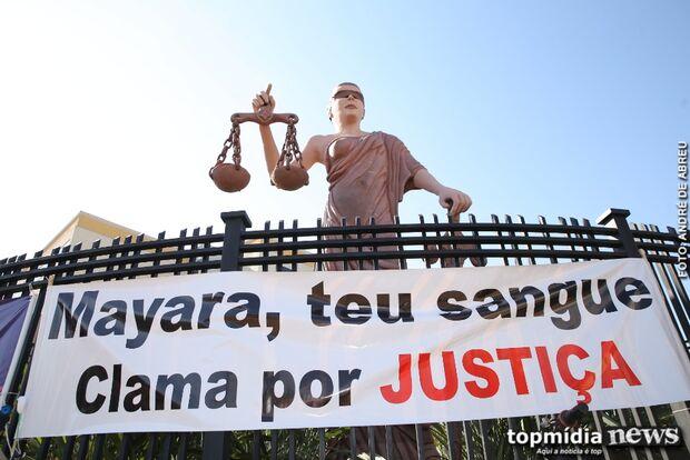 Manifesto marca julgamento de assassino de Mayara Amaral em Campo Grande