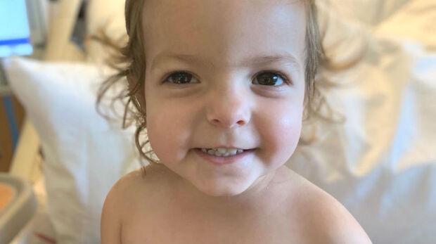 Bebê de apenas dois anos é diagnosticada com câncer de ovário