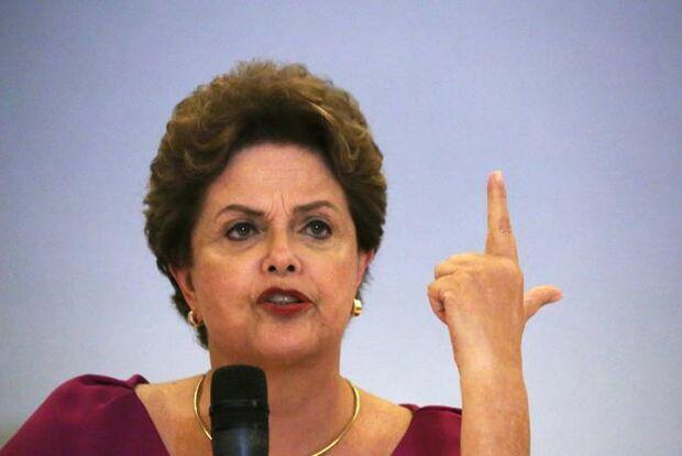 Dilma critica Bolsonaro por 'comemorar' 31 de Março