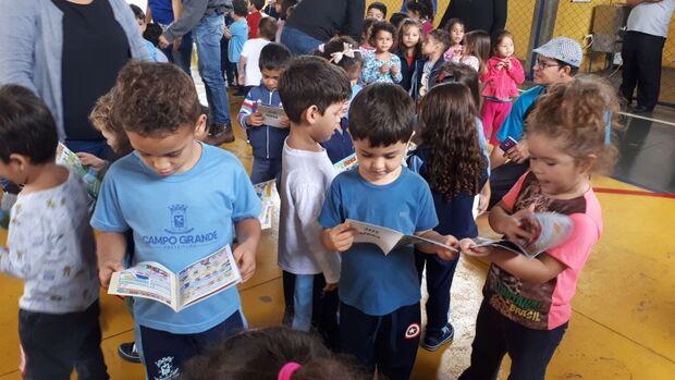 Com atividade lúdica e passeio guiado, ações educativas marcam dia mundial da água