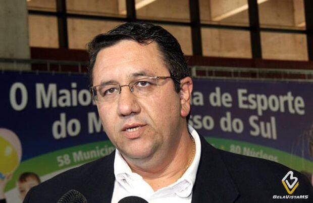 Ex-prefeito de MS condenado por corrupção ganha salário de R$ 12 mil pra trabalhar em Brasília