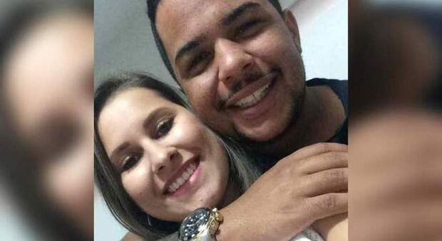 Jovem queimada pelo namorado se declarava para o rapaz nas redes sociais: 'sorte grande'