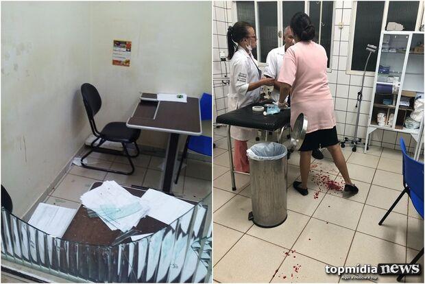 VÍDEO: mulher furiosa quebra vidro e funcionário da Saúde é atingido e ferido