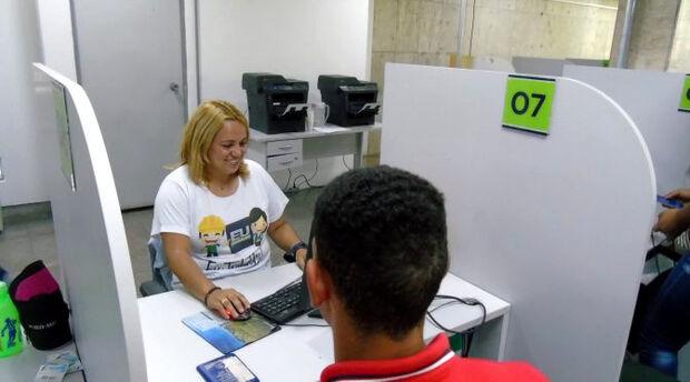OPORTUNIDADE: Capital começa a semana com oferta de 200 vagas de emprego oferecidas pela Funtrab