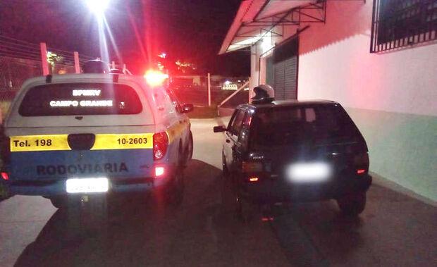 Após perseguição, veículo é recuperado pela Polícia Militar Rodoviária