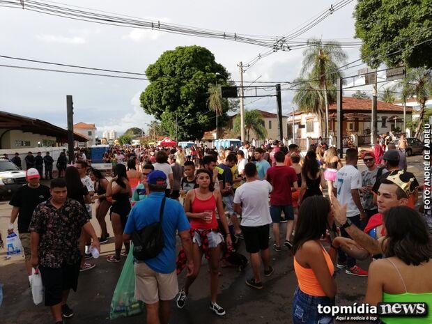 Foliões pedem respeito e fim do assédio, em especial no Carnaval