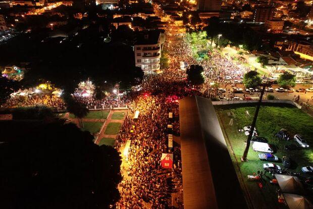 Em 24h, polícia registra quase 20 furtos no segundo dia de Carnaval