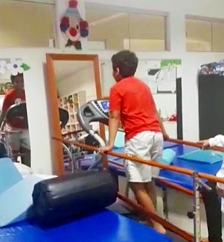 VÍDEO: criança volta a andar após um ano sem movimentos e batalha contra síndrome de Guillain-Barré