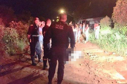 Homem é preso minutos após executar vizinho por ciúmes da mãe