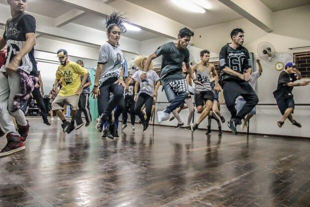 Filosofia, cinema, música e dança preenchem próxima semana no Sesc