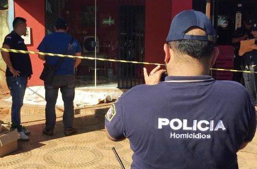 Homem é fuzilado em frente a consultório dentário na fronteira