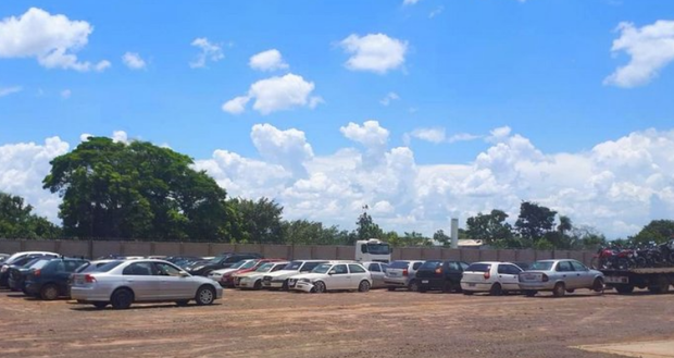 Detran anuncia primeiro leilão de veículos para circulação