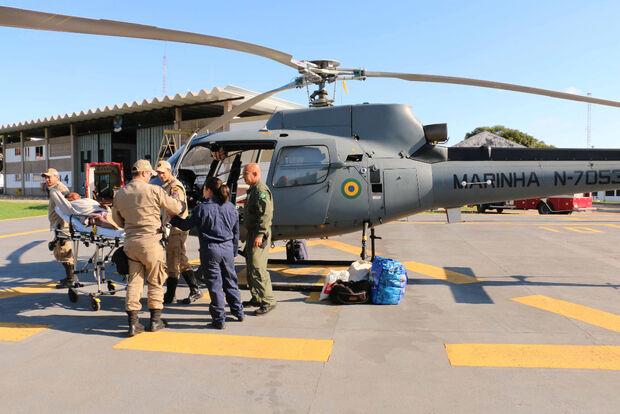 Idoso picado por cobra no Pantanal é resgatado por helicóptero da Marinha