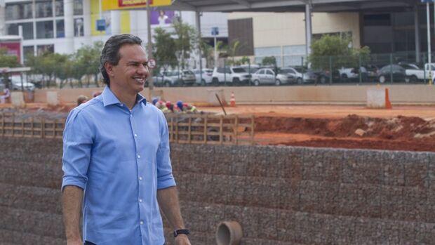 Em busca de recursos para Capital, Marquinhos se reúne com ministros em Brasília