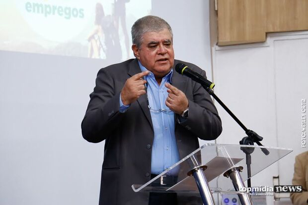Depois de até 'rebolar' para defender Michel Temer, cargo de R$ 27 mil de Marun fica à deriva