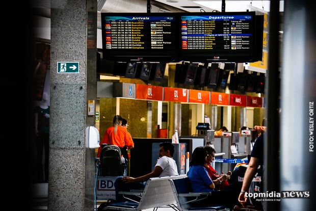 Mesmo com tempo fechado, Aeroporto Internacional opera normalmente na Capital
