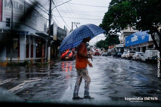 Tempo instável permanece na Capital e pode chover já nas primeiras horas desta terça-feira