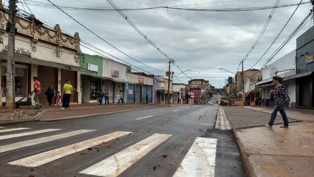 Andar na rua é motivo de medo para 79% das mulheres campo-grandenses, revela pesquisa Itop
