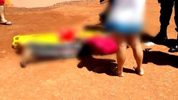 Suspeito alega necessidade após roubar mulher e levar surra da população