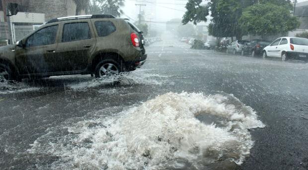 Defesa Civil emite alerta de tempestade com perigo potencial para todo o Mato Grosso do Sul