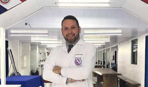 Médico-diretor de universidade é baleado e morto durante treino de motocross