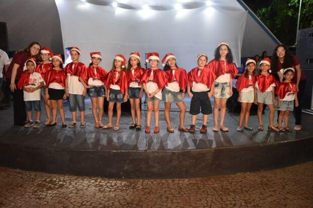 Já pensou seu filho cantando no coral? Prefeitura de Aquidauana está com inscrições abertas