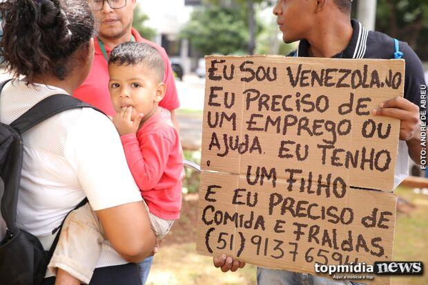 ESPERANÇA: venezuelanos enfrentam batalha pra chegar à Capital e agora precisam de emprego