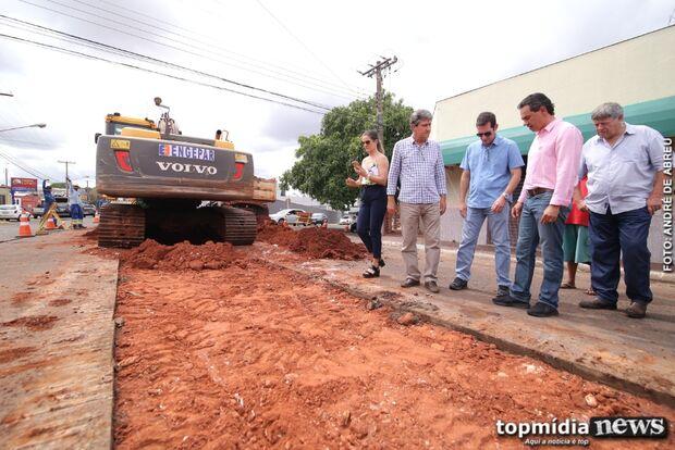 Prefeitura inicia obra para criar corredor de ônibus na Avenida Bandeirantes